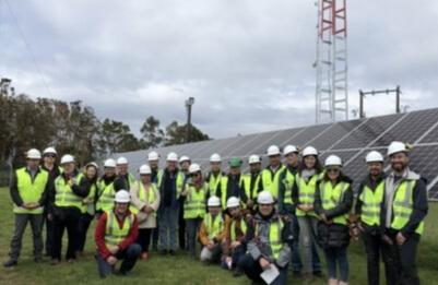 Expertos extranjeros conocen central eléctrica con energía renovable no convencional