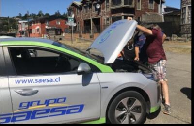 Saesa realiza primera Expo Electromovilidad en Chiloé