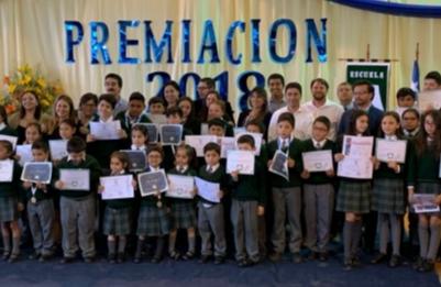 Escuela Héroes de Chile ganó Concurso de Eficiencia Energética de Frontel